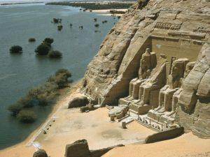 Velký chrám Ramesse II. v Abu Simbelu; Foto: National Geographic