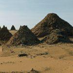 Núbijská architektura - pyramidy poblíž Gebel Barkal