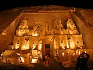Velký chrám Ramesse II. v Abu Simbelu