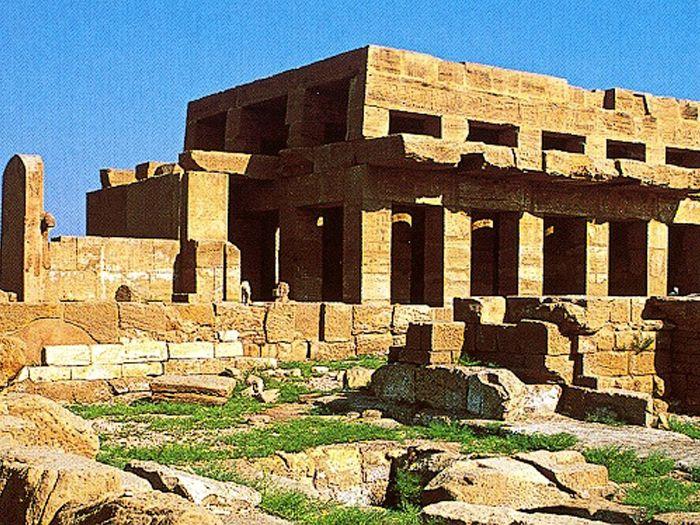Achmenu Thutmose III. - Sál slavností