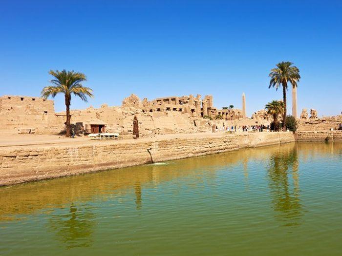 Posvátné jezero v Karnaku