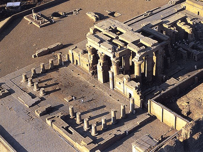 Ptolemaiovský chrám v Kom Ombo (Nubet)