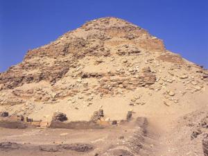 Pyramida, kterou nechal vystavět Neferirkare – pravděpodobně Sahureův bratr