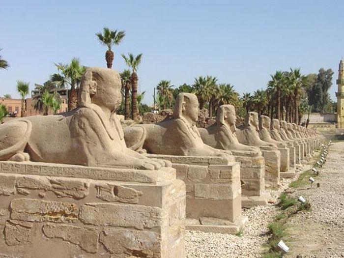 Druhá alej sfing v Karnaku