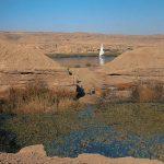 Pohled z kamenolomu na přístav a řeku Nil