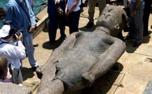 Herakleion - socha faraona na pevnině; Photo: Reuters