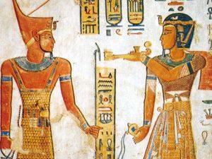 Ramesse III. (napravo) před Gebem