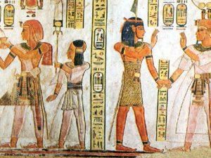 Pravá stěna chodby hrobky Chaemuaseta