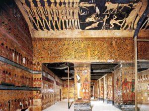 Pohřební komora se šesti pilíři