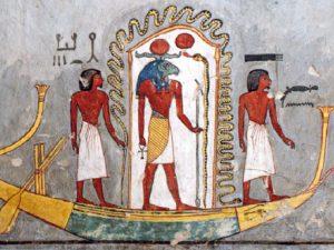 Některé ze scén v hrobce byly pouze namalované jako tato scéna s reovou bárkou