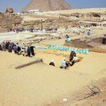 Zeď Thutmose IV. na ochranu Sfingy