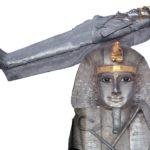 Rakev Pasbachaenniuta I. (zlato a stříbro; délka 185 cm)