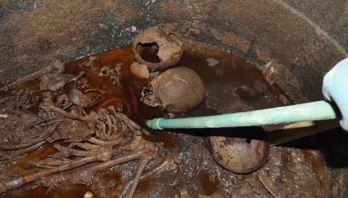 Neporušený sarkofág v Alexandrii - obsah